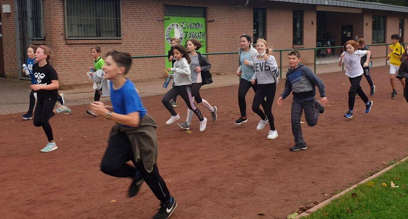 Doppelt gut: Spendenlauf im Sportunterricht